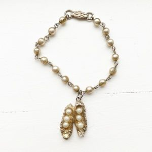 Vintage gold & pearl Girls' slippers bracelet